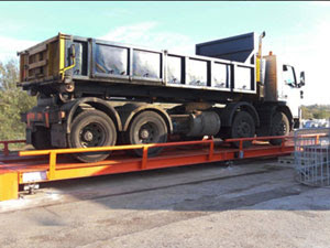 The world's first invertible weighbridge
