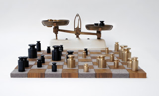 Weight-based chess board