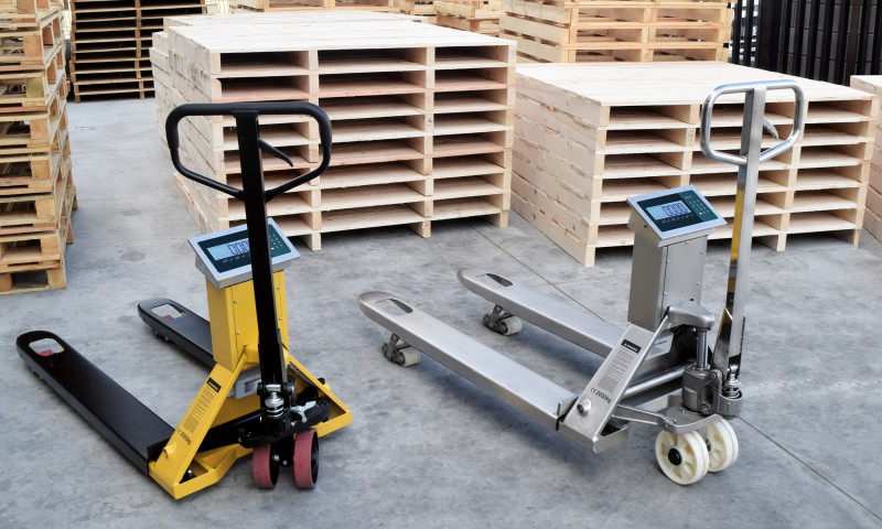 Giropès' New Weighing Pallet Trucks WIDE